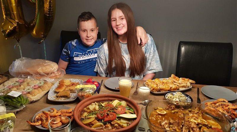 Reporter Sami (10 jaar) viert Suikerfeest